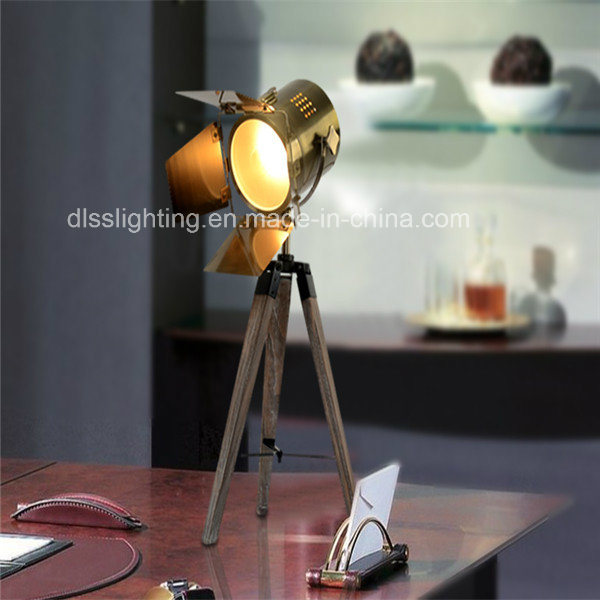 Hotsale modern for project decoration photography lighting wooden tripod desk lamp