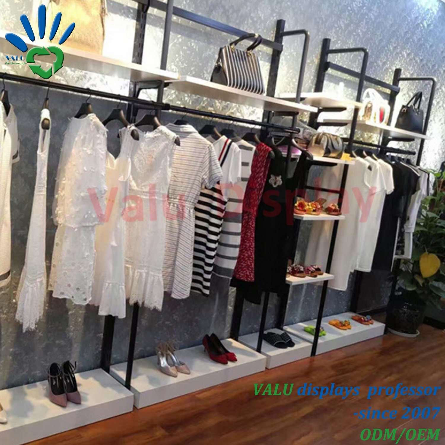 f4ba5a92785 China Custom Clothes Display Stand Showcase for Female Male Clothes ...