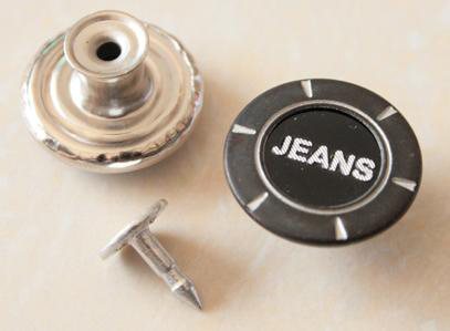 Moving Jeans Buttons B304
