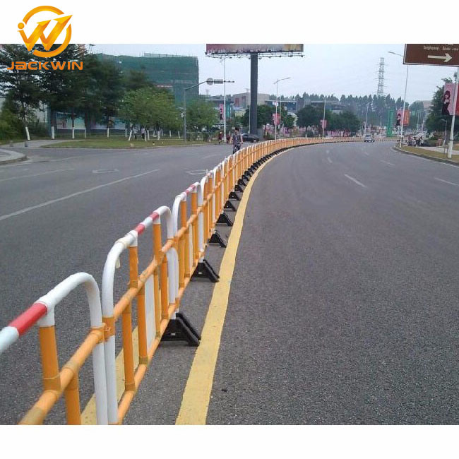 Economic 1.5 Meter Plastic Road Barrier for Road Works pictures & photos