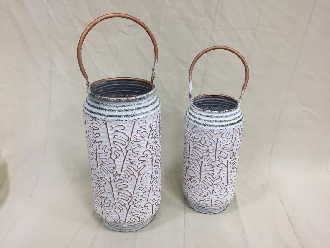 China Flower Vase Metal Tall Vase Embossed With Leaves Design Photos Pictures Made In China Com