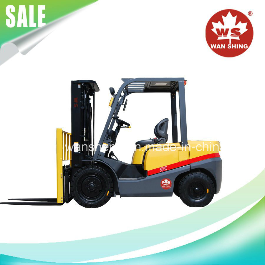 Good Quality 3 Ton Diesel Forklift Truck with Japanese Engine pictures & photos