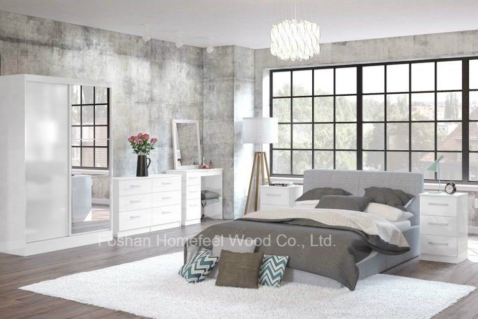 Modern Apartment High Gloss Bedroom Furniture (HF-EY008) pictures & photos