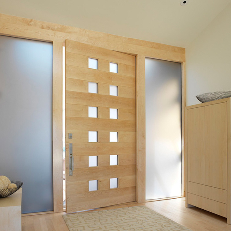China Pivot Solid Wood Doors For House Building Door