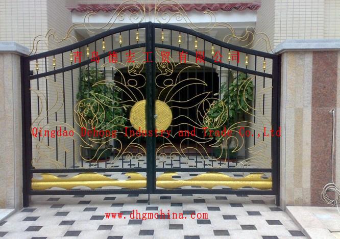 . Hot Item  European Residential High Quality Galvanized Steel Main Gate  Design