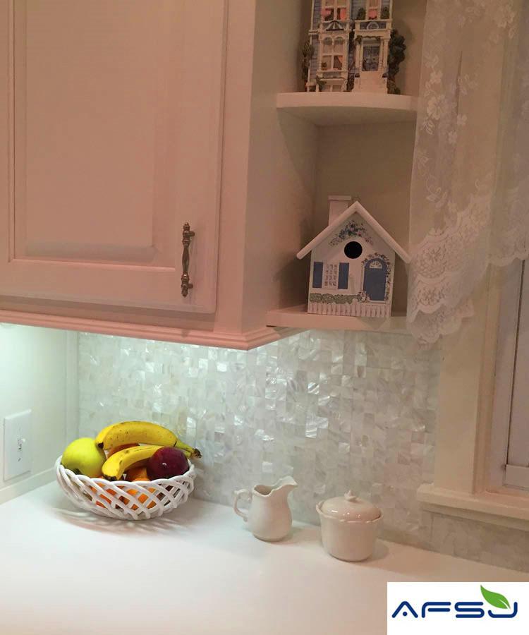 Hot Item White Mother Of Pearl Backsplash Tile