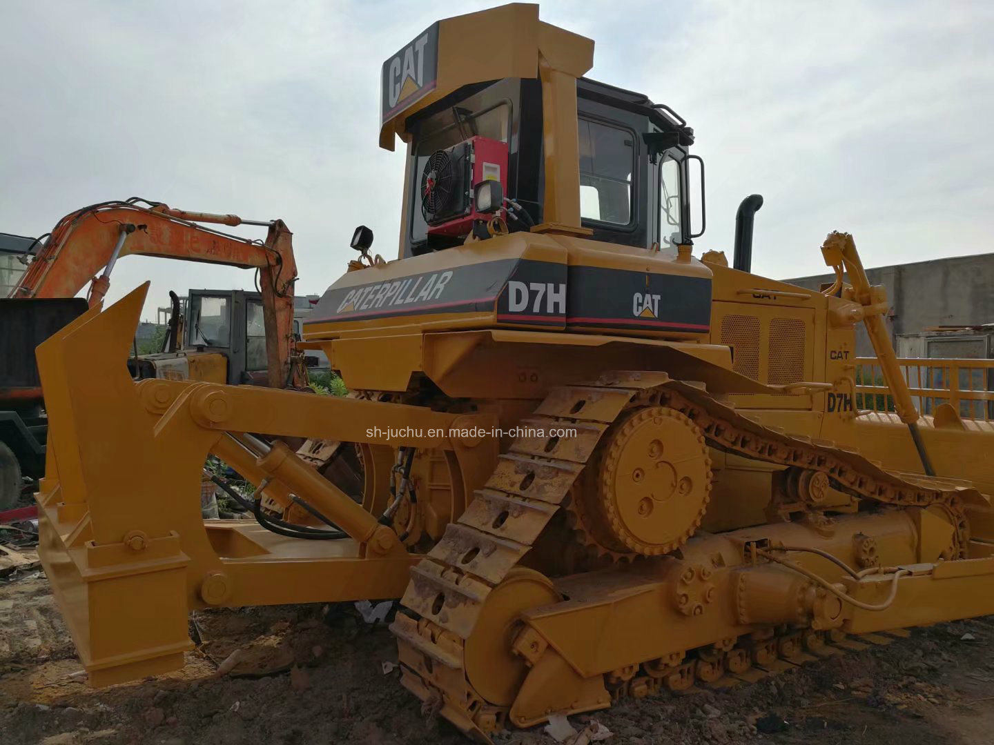 China Used Cat D7h Crawler Bulldozer with Ripper /Caterpillar D7g