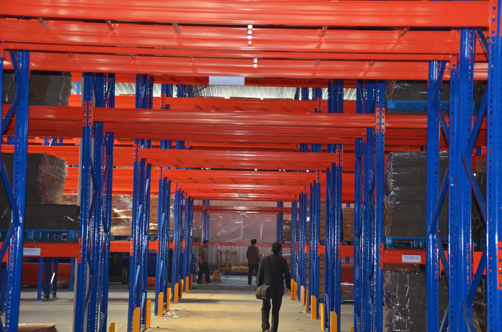 Hot Item Conventional Double Rowback To Back Pallet Rack Storage System With Support Bar