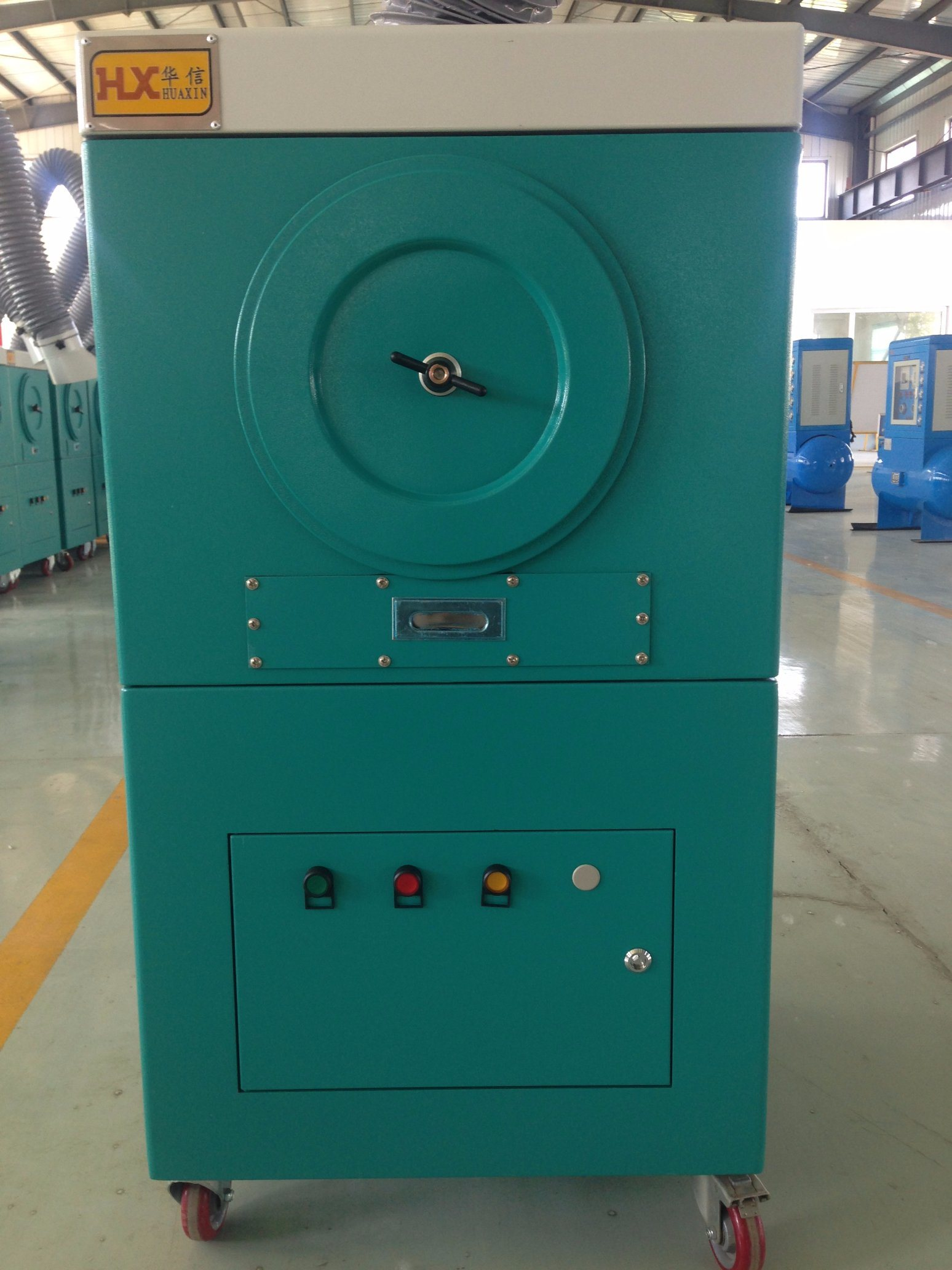 Factory Price Mobile Welding Fume Extractor/Portable Dust Collector Industrial/Smoke Tracker pictures & photos