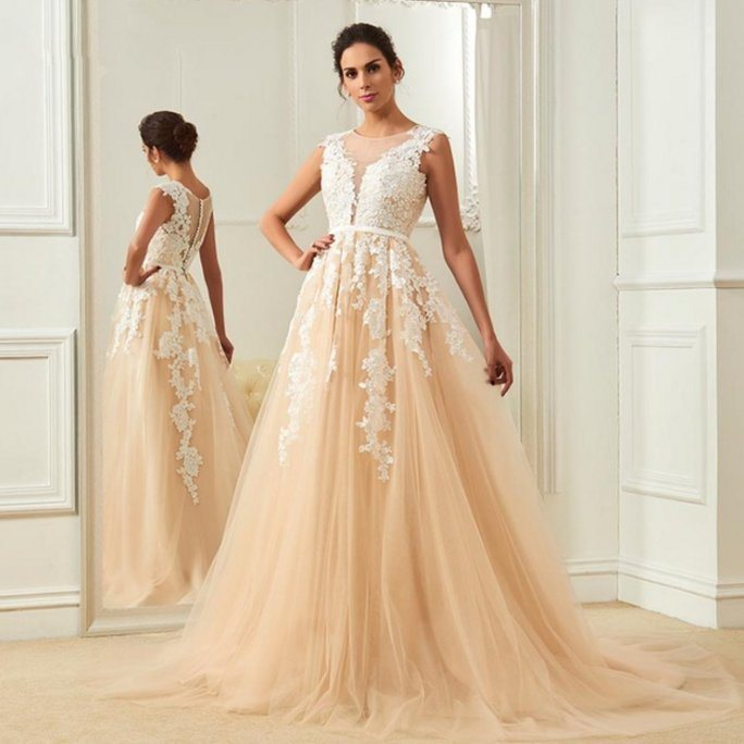 China Lace Appliqued Champagne Bridal Gowns Elegant Long Outdoor ...