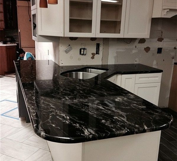 China High Quality Forest Black Granite Countertop for Kitchen ...