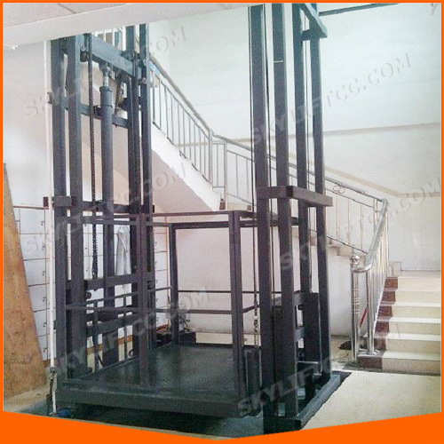China Hydraulic Wall Climbing Home Lift Elevator For Goods