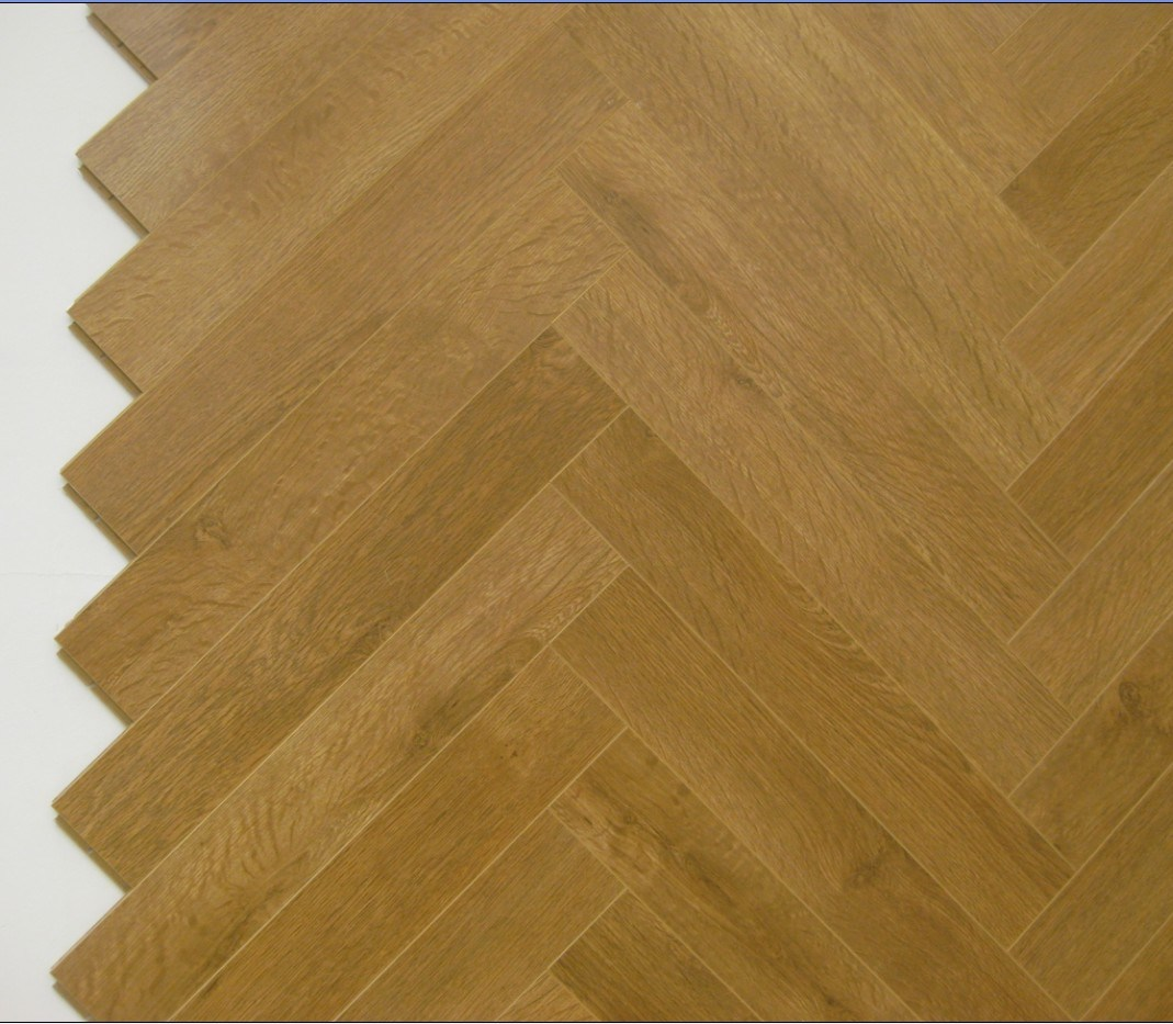 China Ab Fine Quality Fishbone Hardwood Parquet Floor Flooring