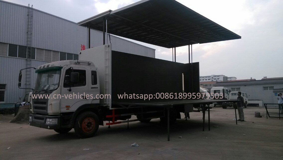 [Hot Item] Foton 4X2 P8 Screen Mobile LED Display Truck LED Mobile Stage  Truck for Sale