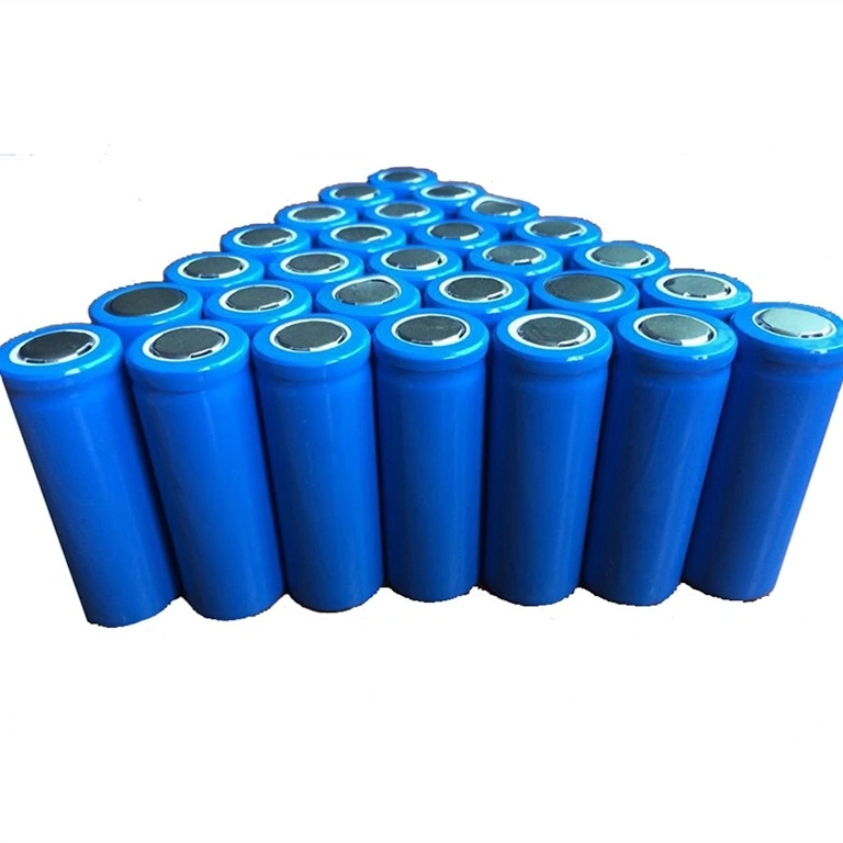 China 18650 2500mAh 26650 3600mAh Solar Cylindrical Lithium-Ion ...