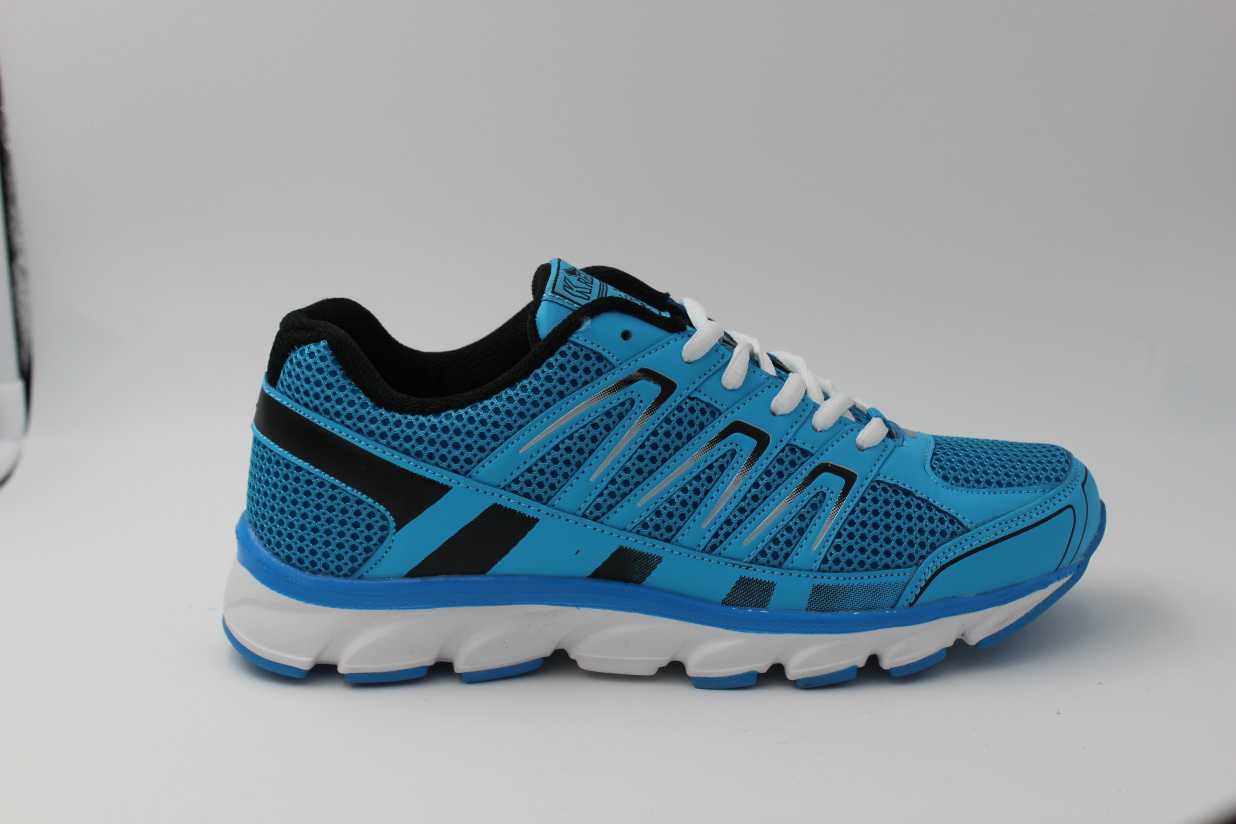 China 2018 New Designs Sports Shoes Basketball Shoes for ...