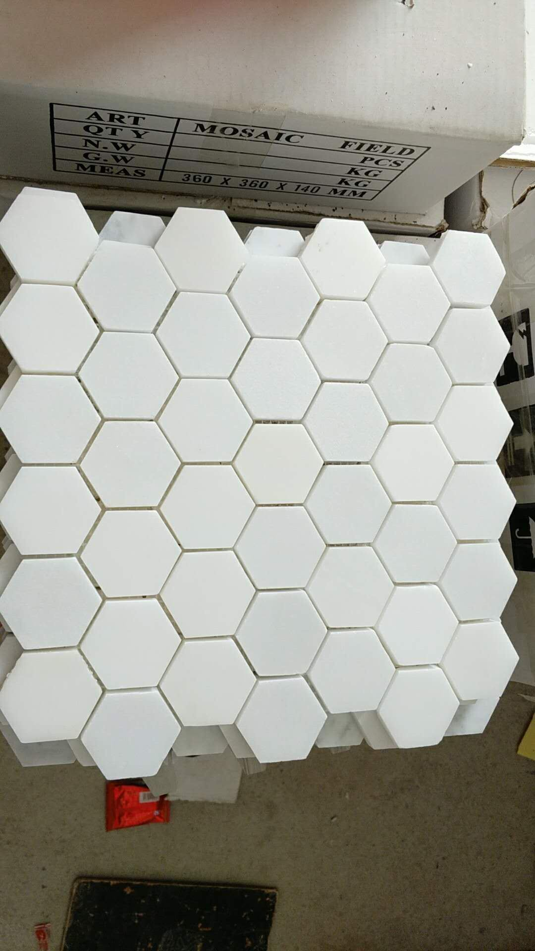 - China Pure White Marble Mosaic/Thassos/White Mosaic/Hexagon Mosaic
