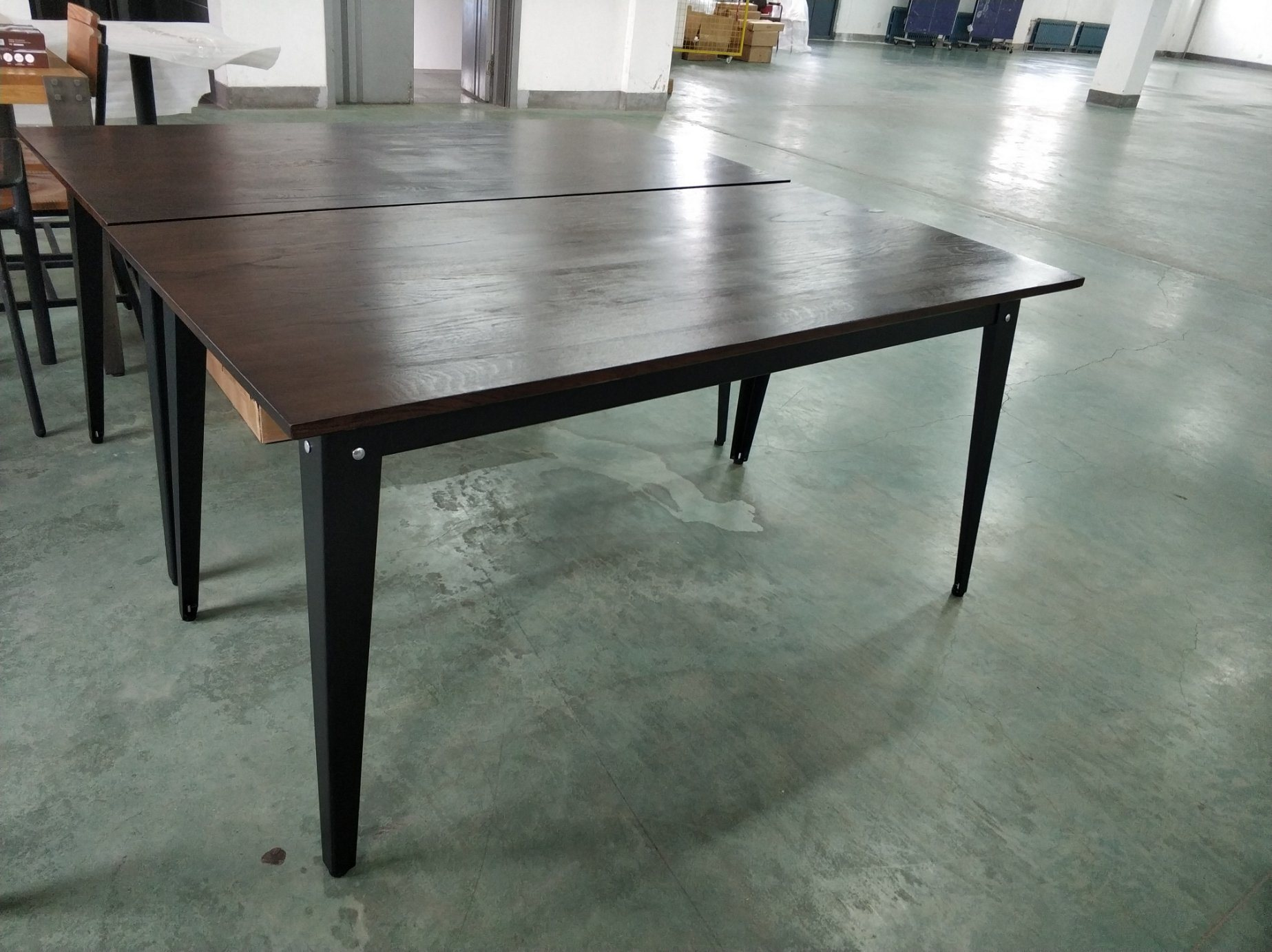 China New Design Restaurant Furniture Dining Table Metal Table Frame For 4 Person China Metal Table Frame Cast Iron Table Leg