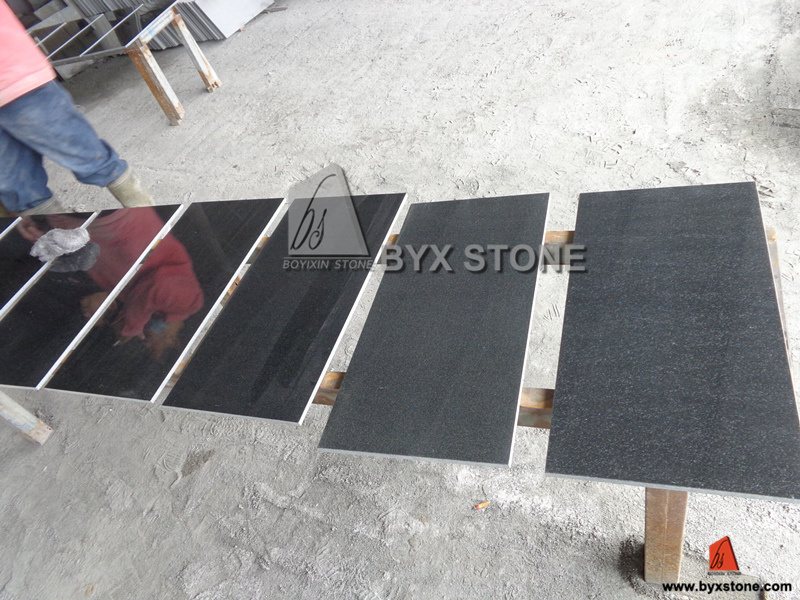 Natural Polished Stone Granite Tiles for Floor / Flooring & Wall pictures & photos