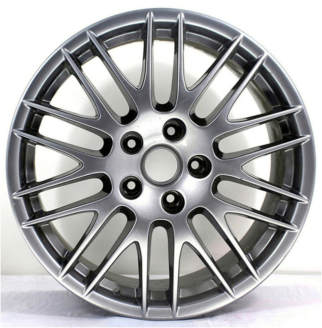After Market Wheel Hub for Porsche Cayenne pictures & photos
