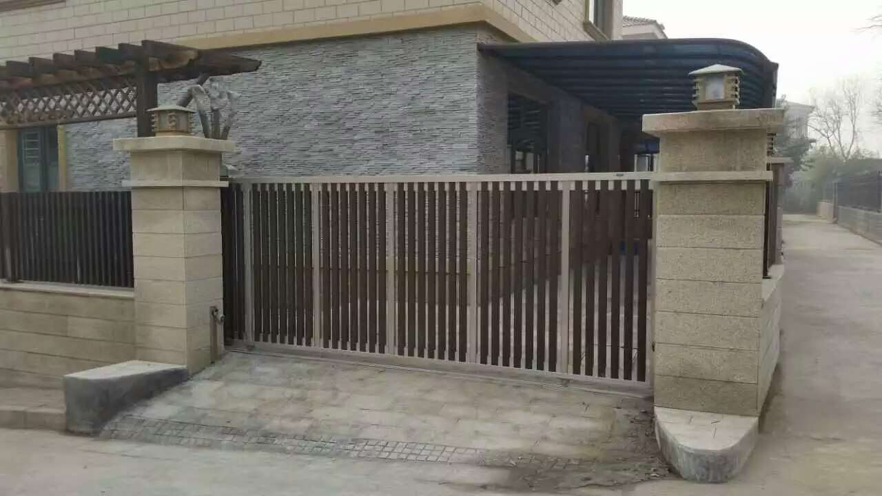 China Electric Sliding Gate/Leaf Gate For Villa House Main Gate With New  Design   China Automatic Folding Gate, Electric Folding Gate
