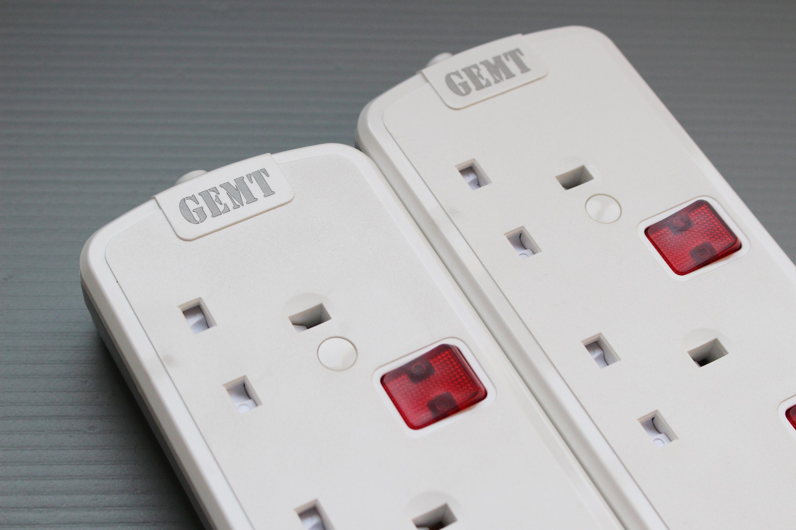China 3 Way/4way Power Strips Switch UK Surge Protector with 2 USB ...