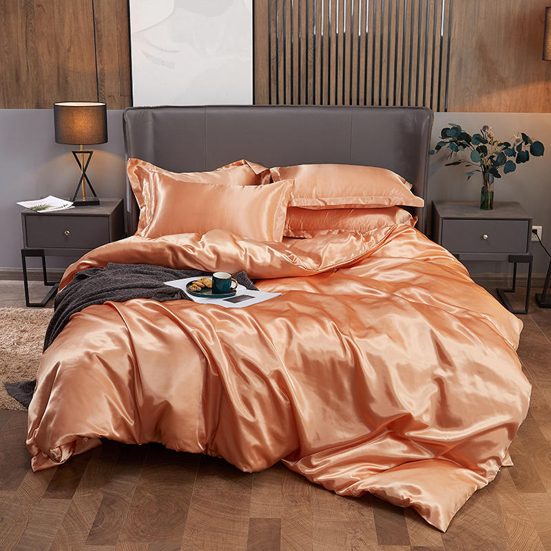 China Romantic Home Textile Solid Color Pure Satin Silk Bedding Set King  Queen Size Bed Set Duvet Cover Sheet Flat Sheet Bedding Set - China Silk  Bedding and Satin Silk Bedding price