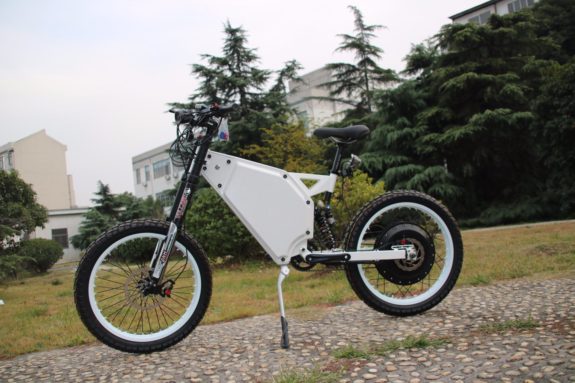 [Hot Item] Long Distance 72V 8000W Enduro Ebike Mountain Electric Bicycle