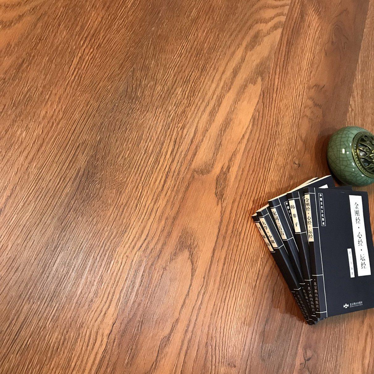 China Indoor Eco Plastic Laminate Flooring Lowes Interlocking