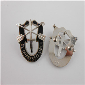 Customized Lapel Pins, Custom Different Shape Badges (GZHY-OP-011) pictures & photos