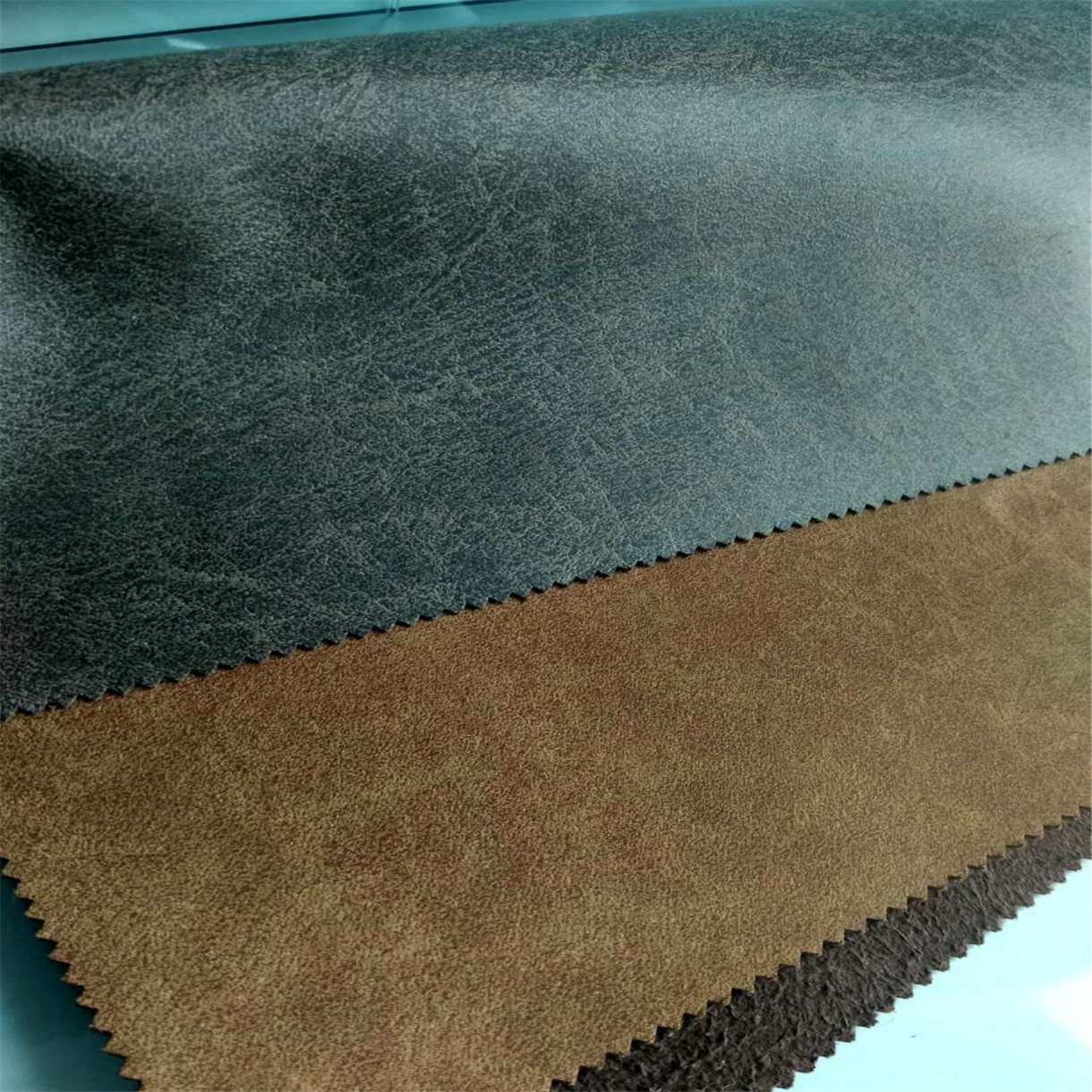 China Classical Foiled Flocking Upholstery Fabric For Sofa Furniture