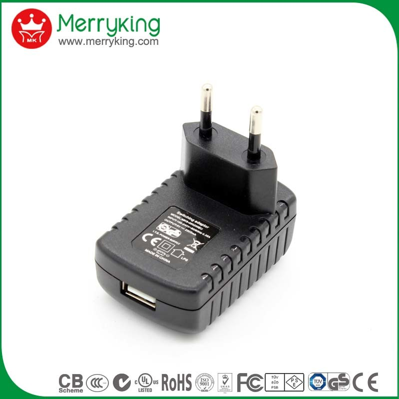 [Hot Item] 5V 500mA Adapter EU Plug Mobile Phone Charger with USB Cable