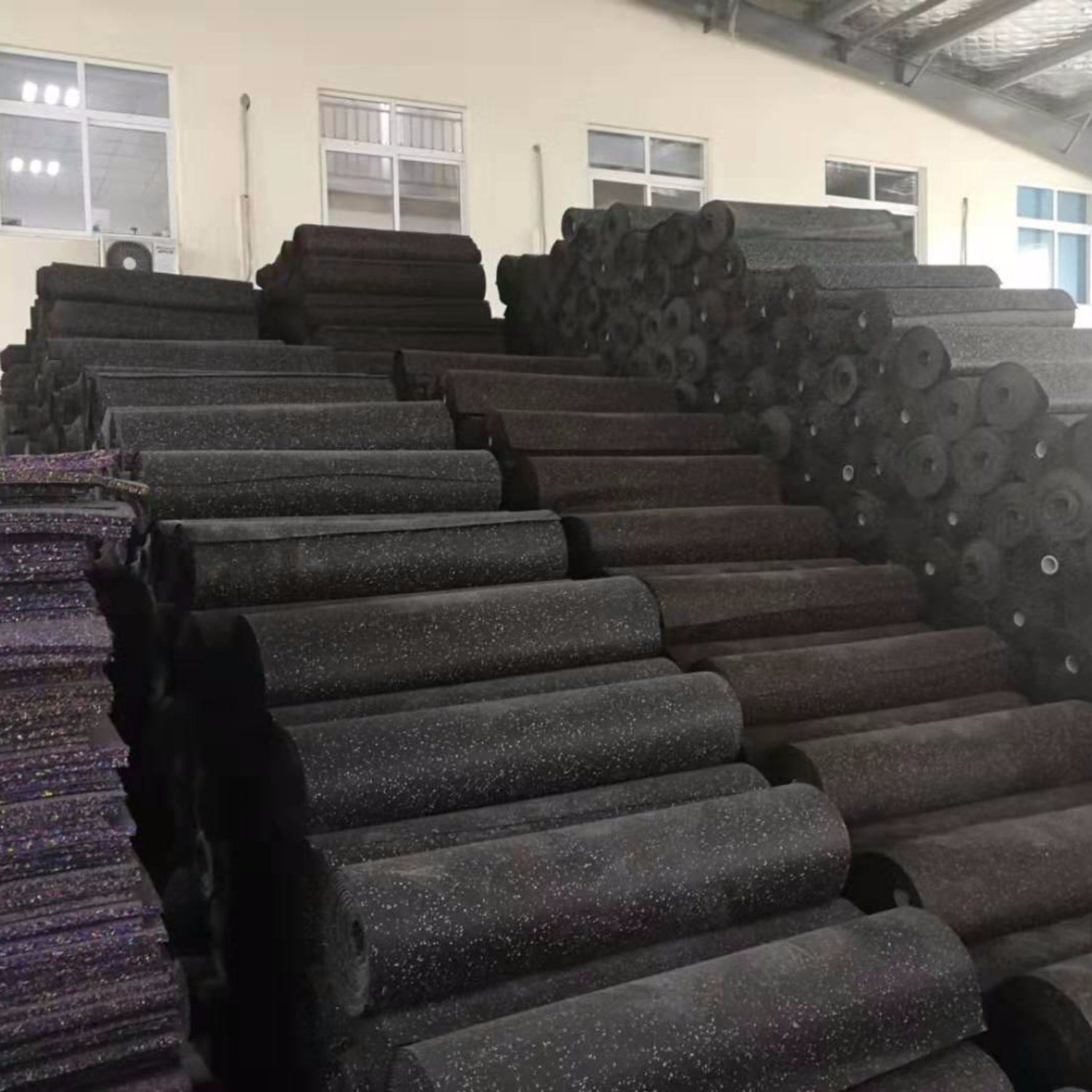 China 1m Width Rolled Rubber Flooring