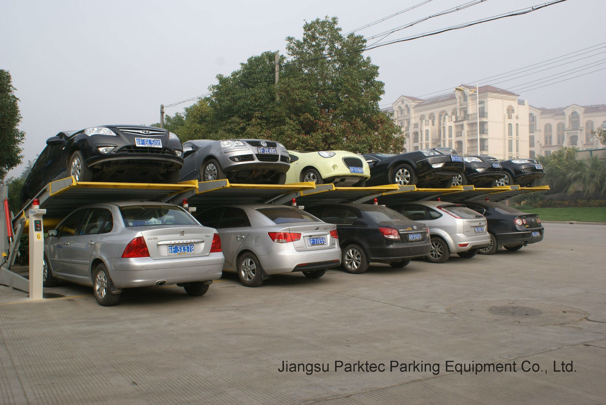 Easy-Lifting Hydraulic Parking System
