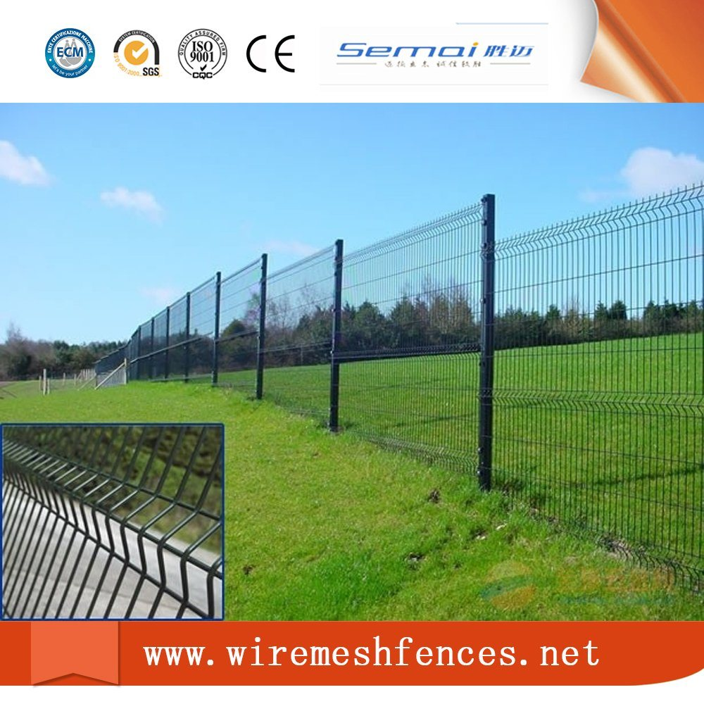 China PVC Coated Triangle Bending Welded Wire Mesh Fence Photos ...