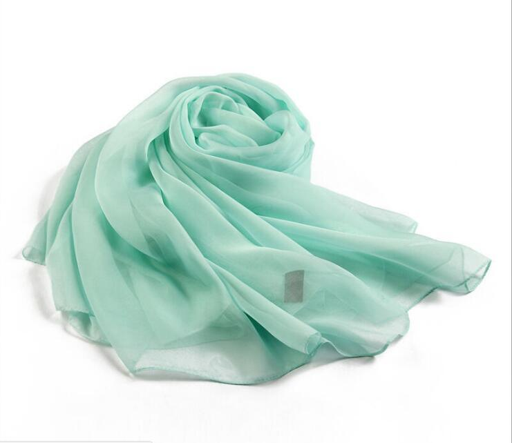 Fashionable Scarf Scarves Made of Polyester Chiffon Fabric pictures & photos