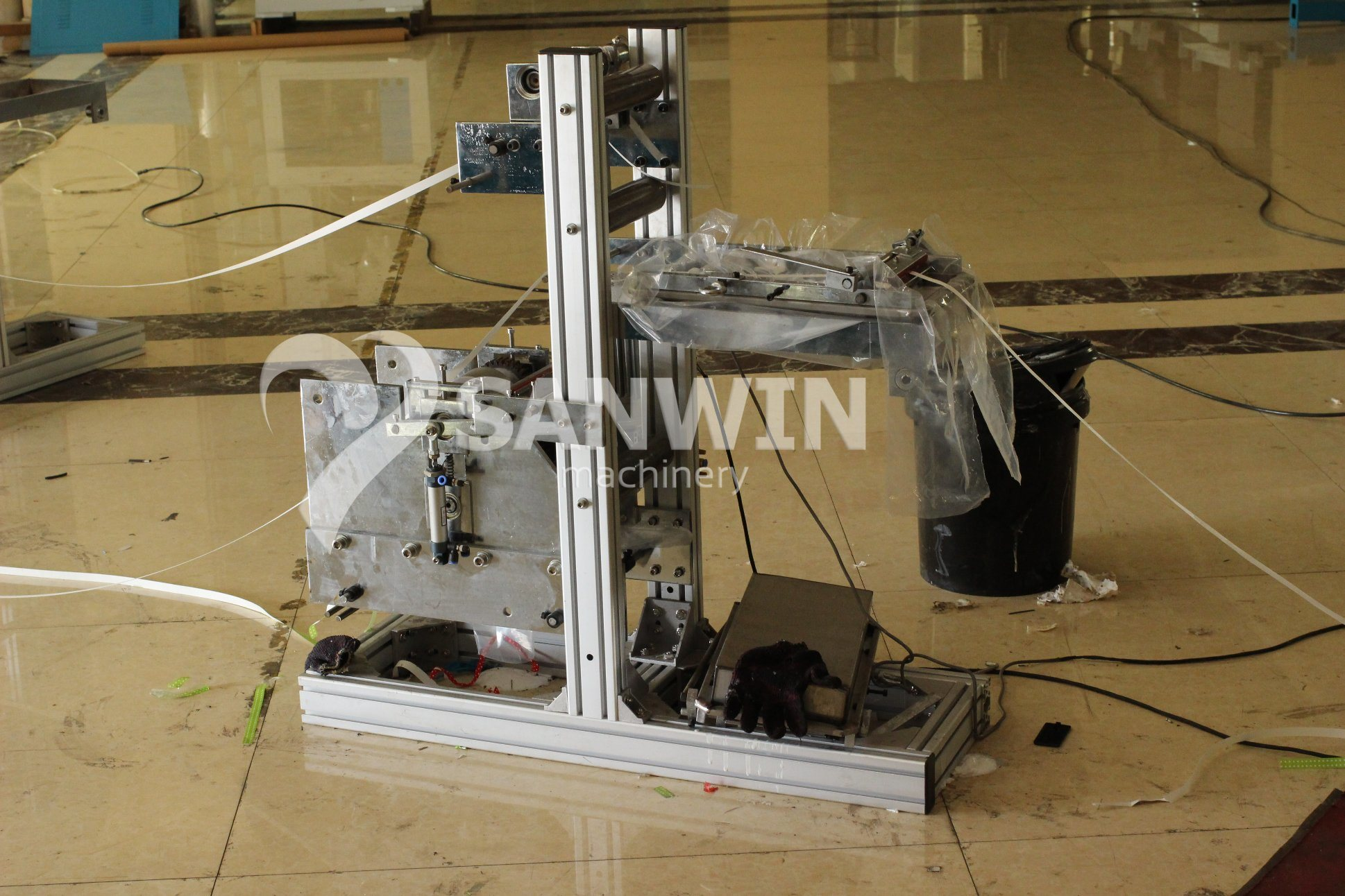 China Spoon Paper Straw Making Machine Photos & Pictures