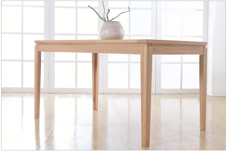 European Style Oak Wood Dining Table with Good Price (M-X1096)