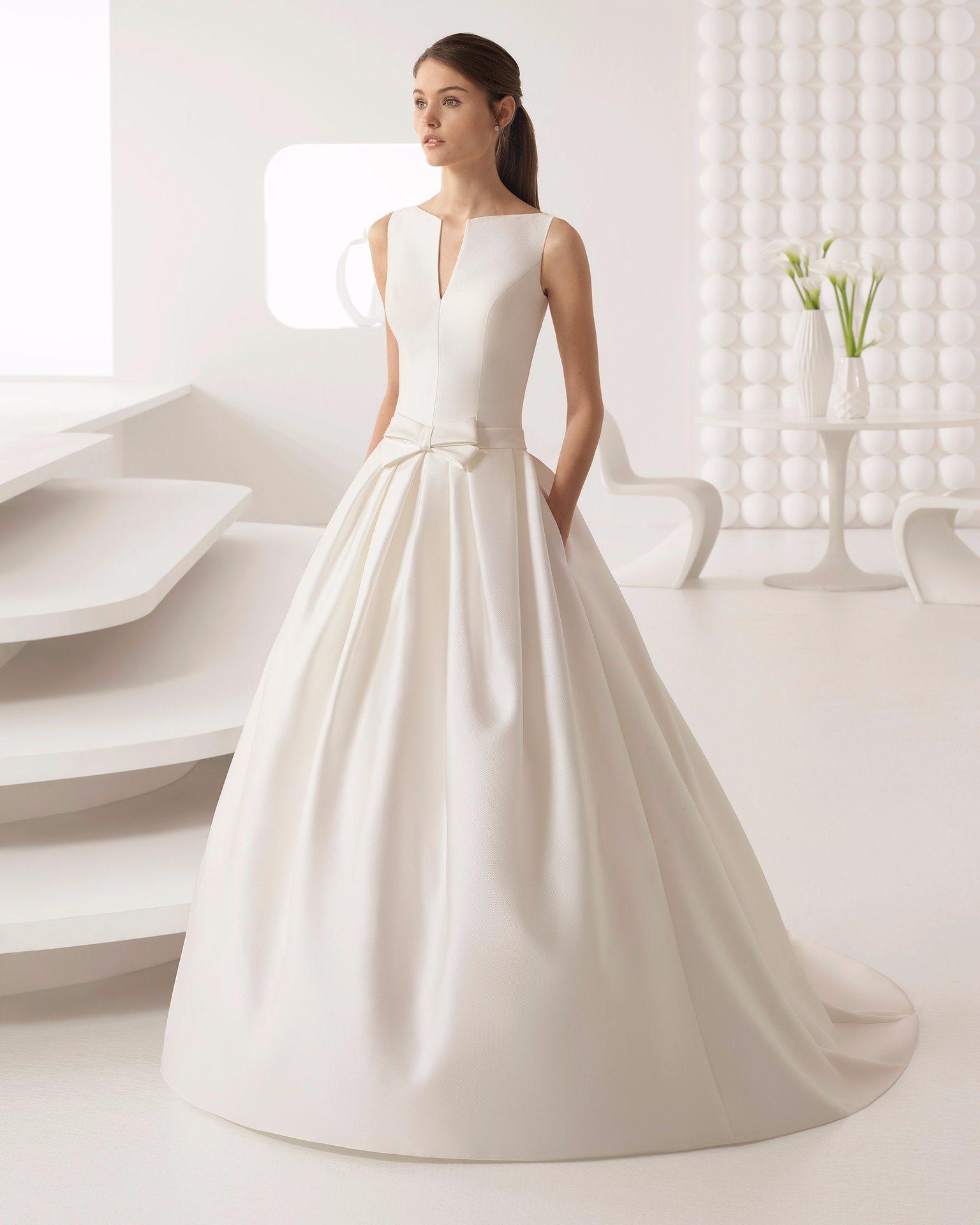 China Elegant V Neck Simple Satin Bridal Dress Wedding Gwon Photos ...