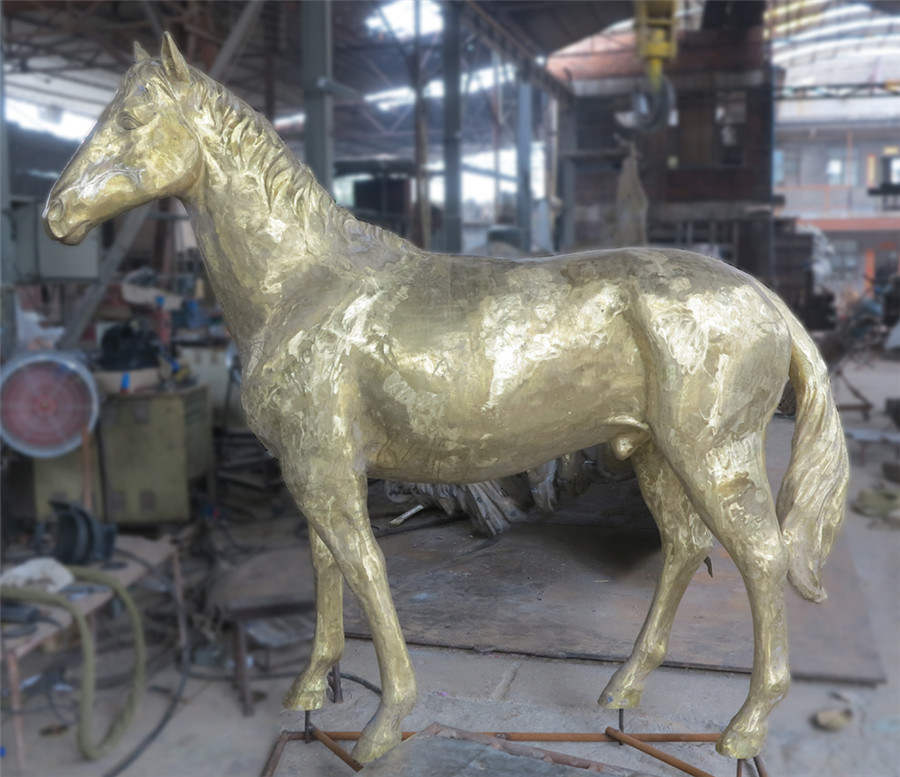 Copper Horse (large / small) , Outdoor Garden Metal Animal Decoration, Interior Decoration pictures & photos