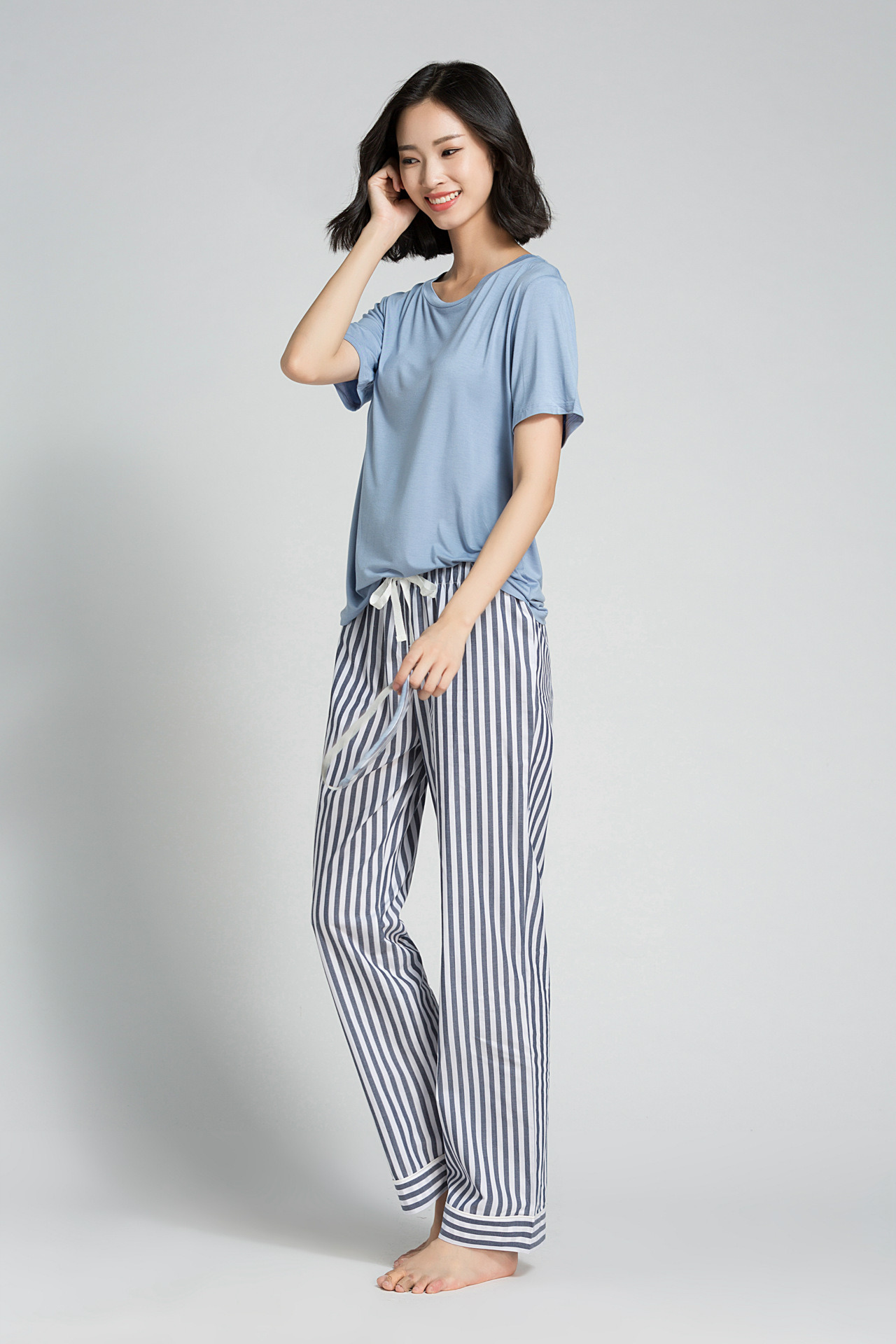 da2a3968c4b0d China High Quality Women Modal Sleepwear Suit Short Sleeves Pajamas T-Shirt  Dress - China Pajamas, Nightwear