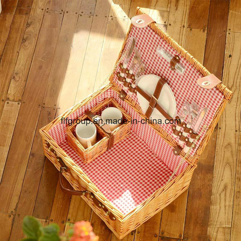 Hot Sell Eco-Friendly Woven Customized Willow Basket for Picnic pictures & photos
