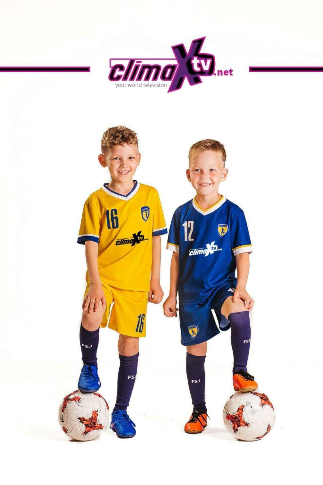 new product 76cfa 4e80d China Soccer Uniforms Free Shipping Football Shirts for Kids ...