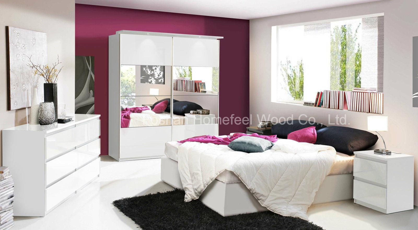 China Modern Bedroom Furniture in White High Gloss (HF-EY6