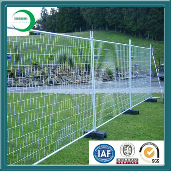 China 2X2 Galvanized Welded Wire Mesh for Fence Panel - China 2X2 ...