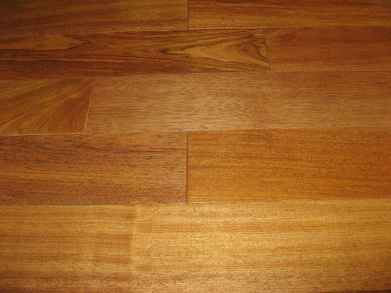 China Brizilian Cherry Jatoba Solid Wood Flooring China Brazilian