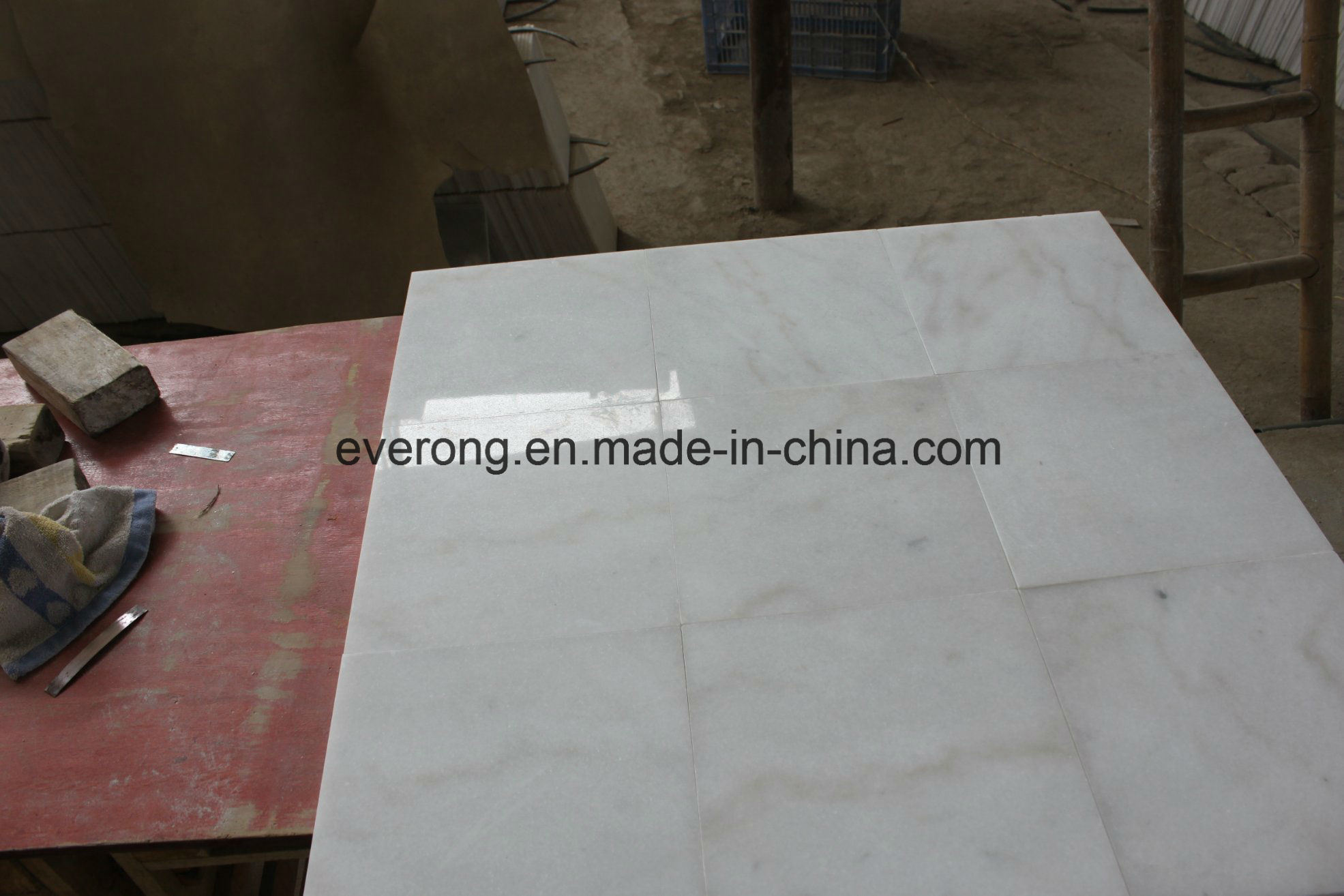 Guangxi White Marble Tile With Grey Veins For Floorwall Cladding