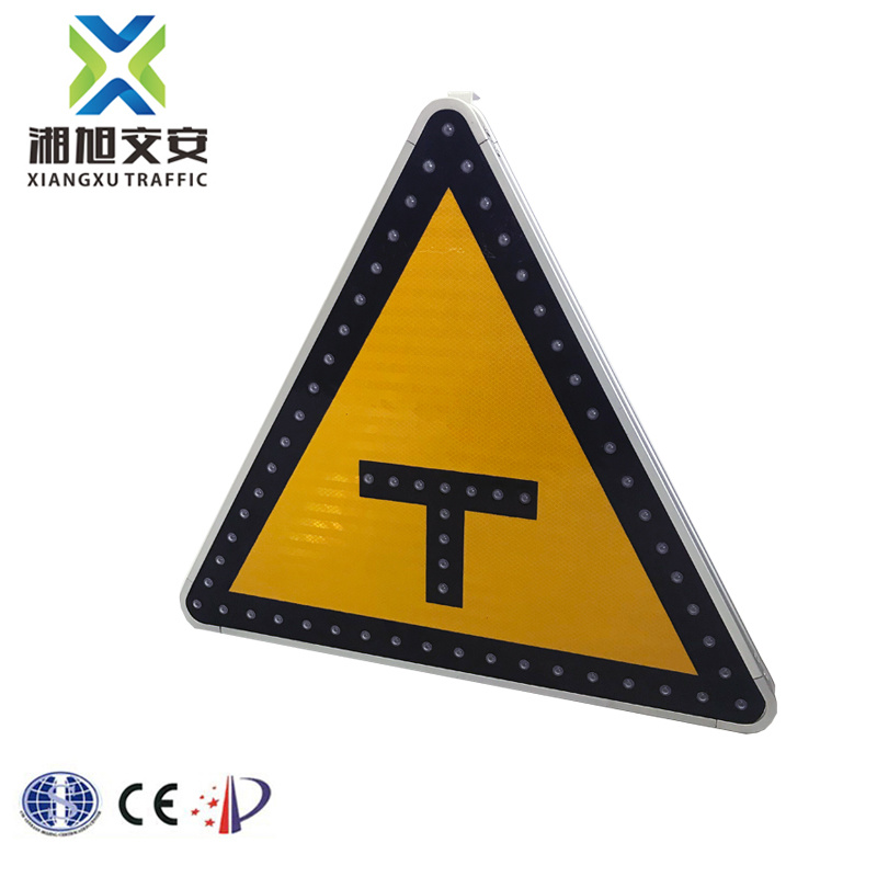 Triangle Road Signs >> China Triangle Road Signs And Symbols Traffic Led Parking Sign