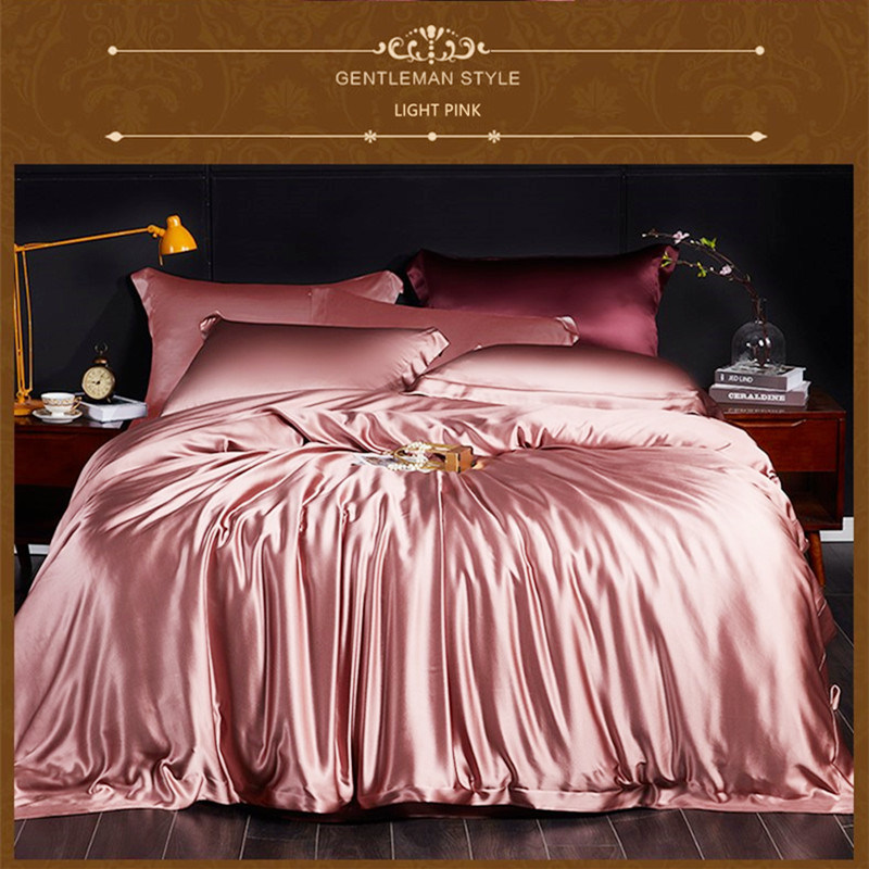 China 22mm 100% Heavier Comfortable Home Mulberry Silk Bedding Sets - China  Home Textile and Silk price
