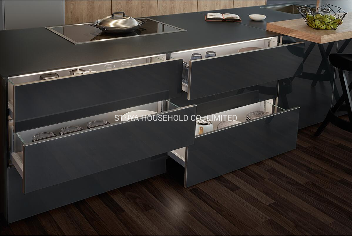 China Modern Design Home Furniture Black Uv Board Kitchen Cabinet With Storage Photos Pictures Made In China Com